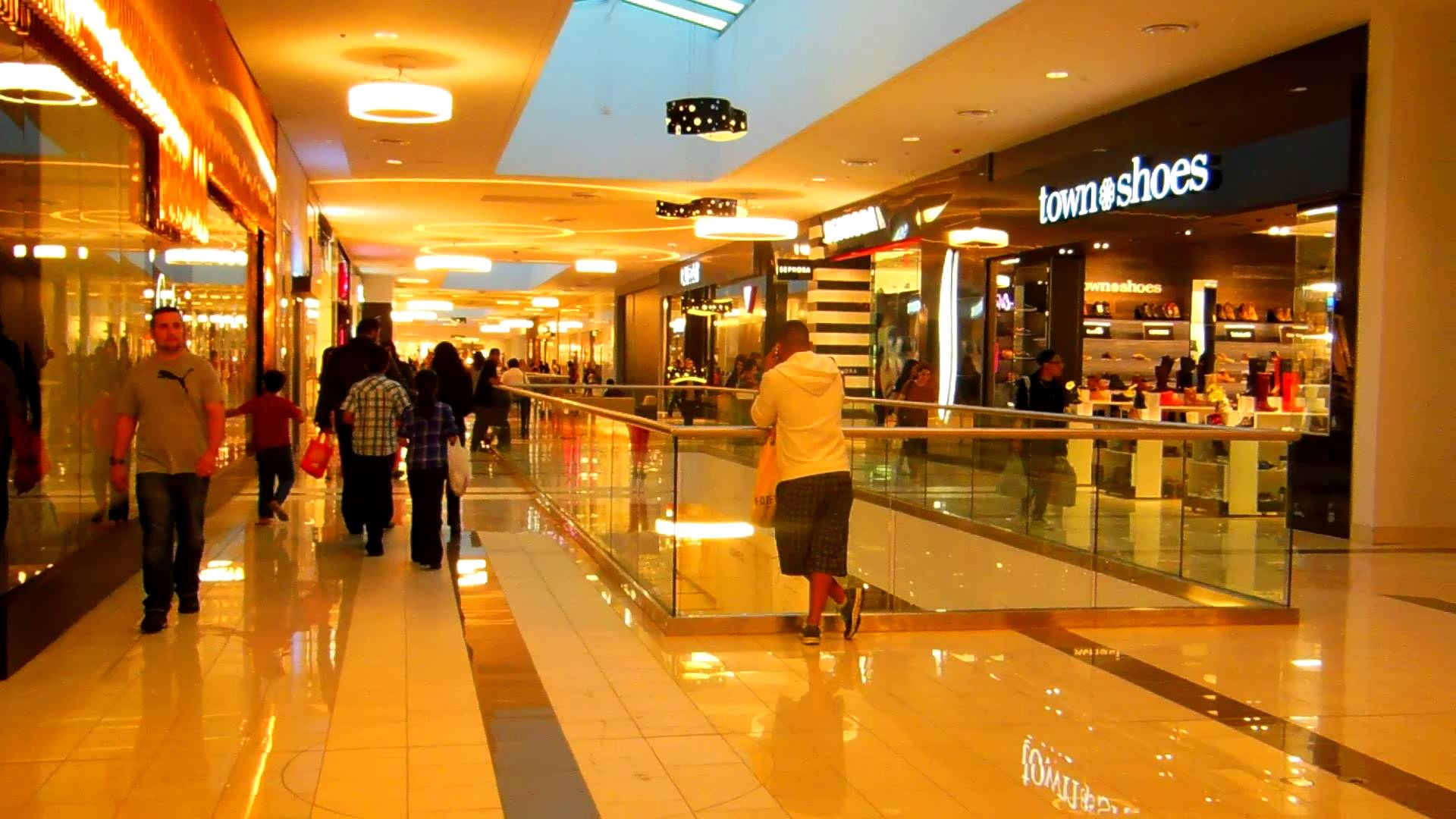 suburban regional shopping malls can the Check out our top free essays on suburban regional shopping malls to help you write your own essay.